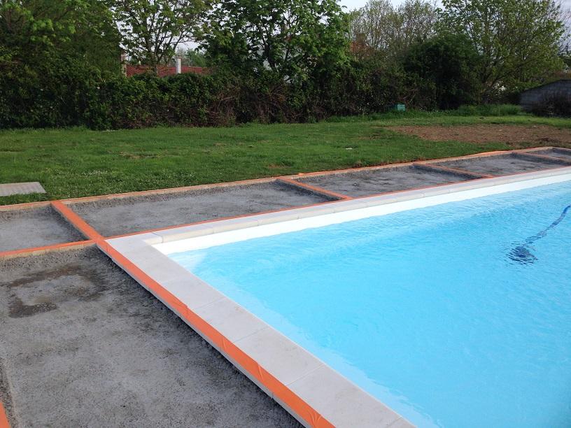 Béton Poreux autour d\'une piscine à Vouillé les marais en ...